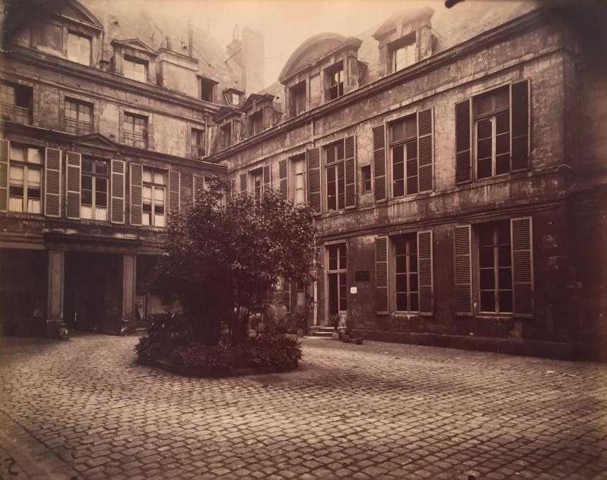 Hotel de Marechal de Chaulnes, Place de Vosges 9, 1911