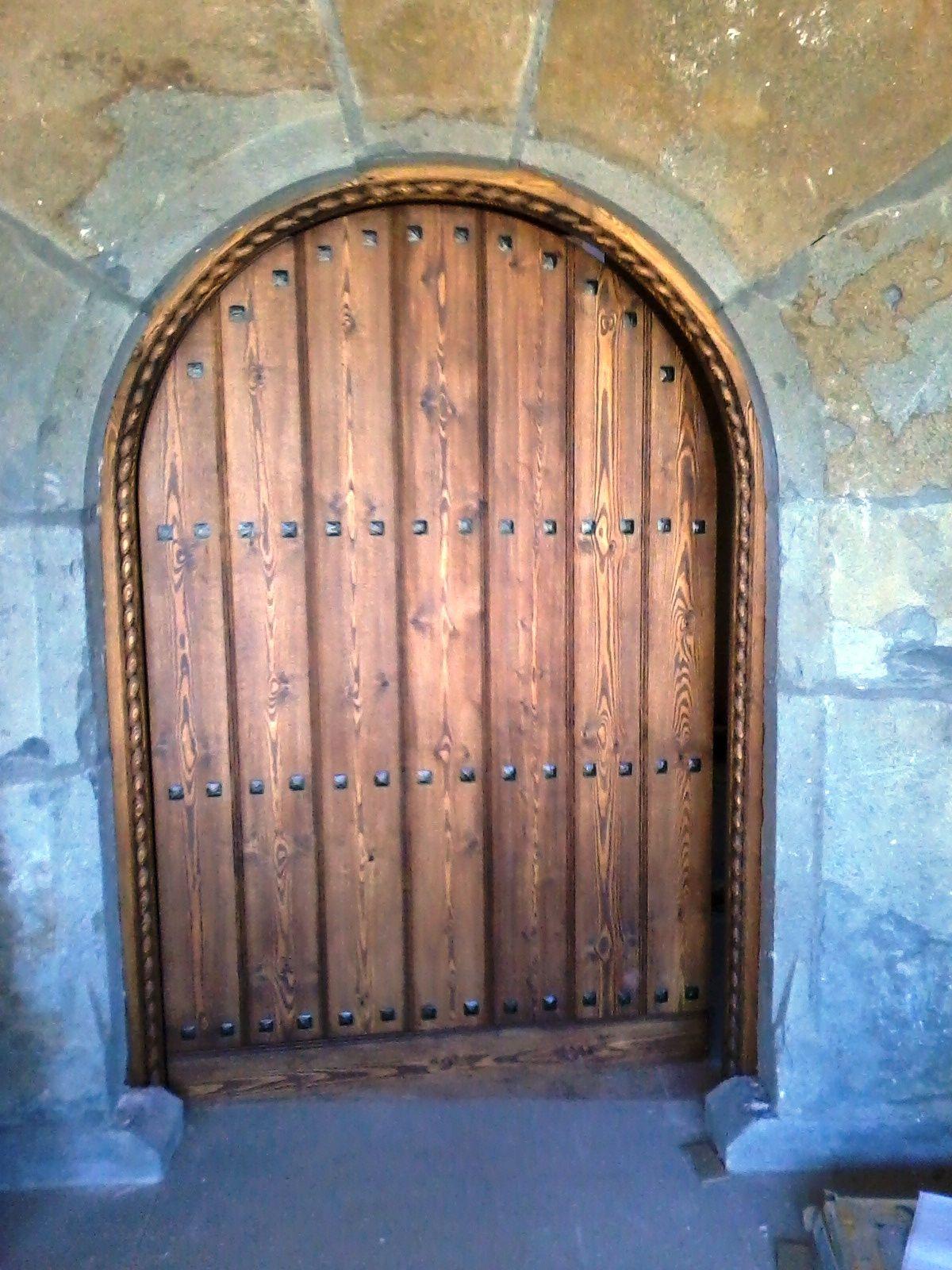 Puertas De Entrada Y Portones Rusticos Nuestras Puertas Tienen  ~ Puertas De Entrada De Aluminio Rusticas