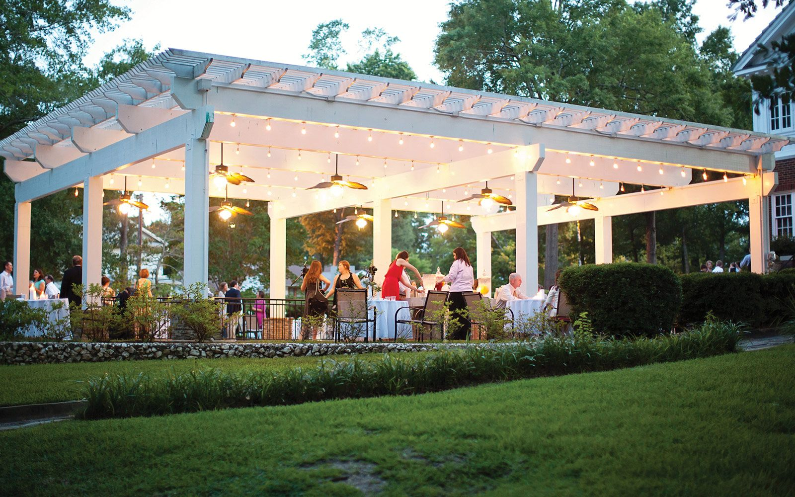 Innovative Outside Venues For Weddings Near Me Southern