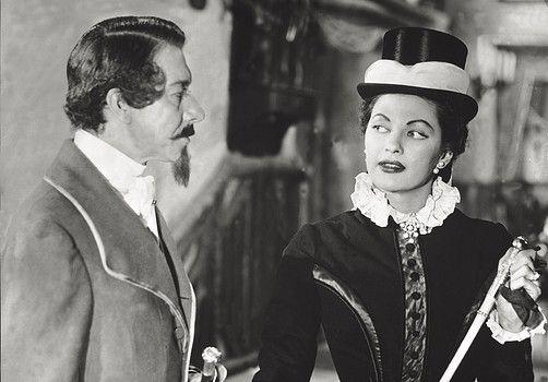 Yvonne De Carlo and Paul Meurisse in a scene of the film 'La contessa di Castiglione'