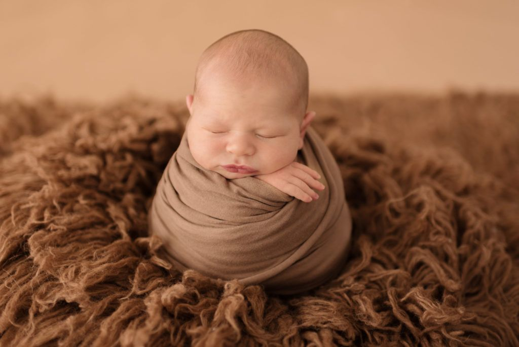 Newborn photographer newborn photo ideas newborn photography baby boy photo ideas pamela