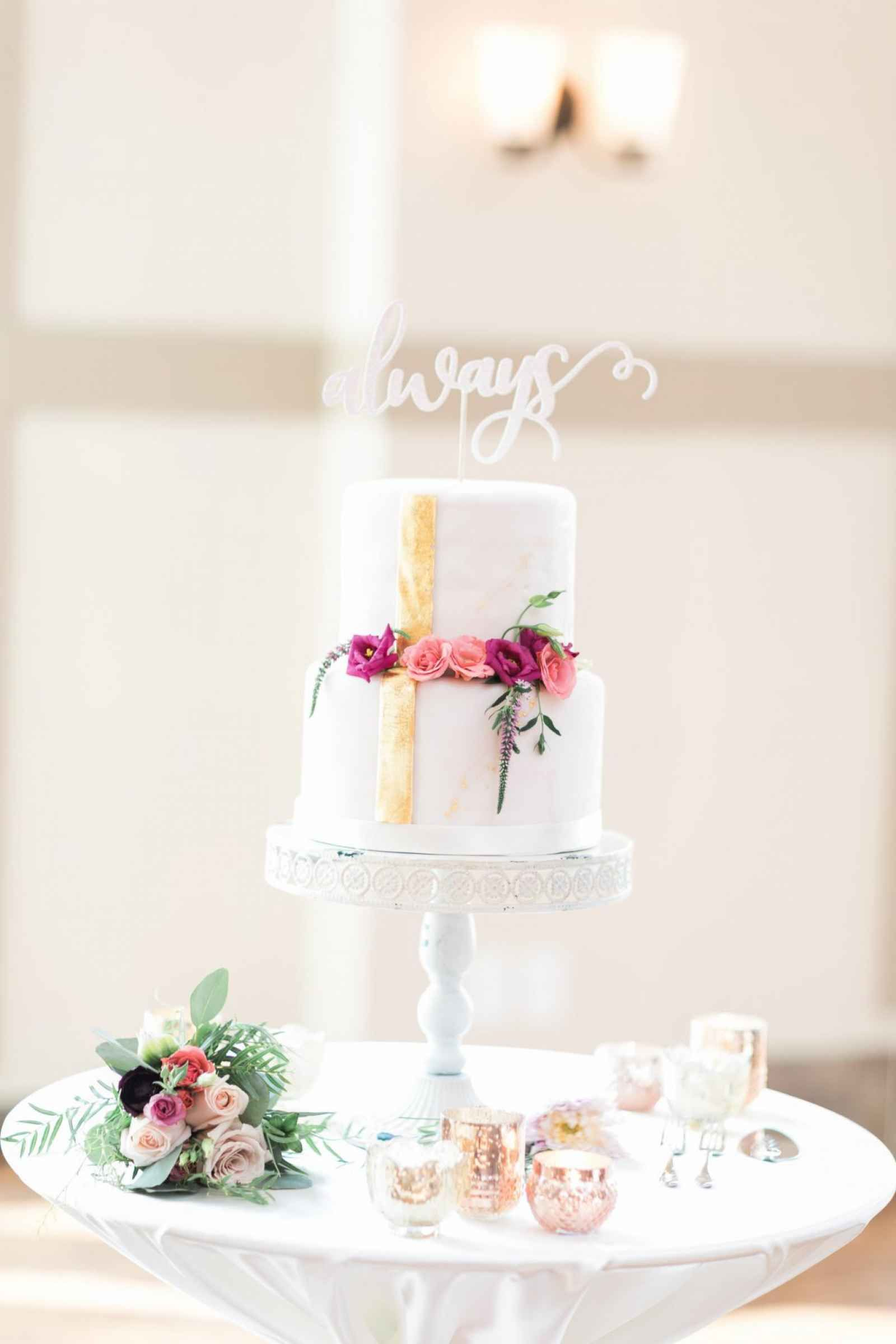 Simple and sweet cake with florals and \