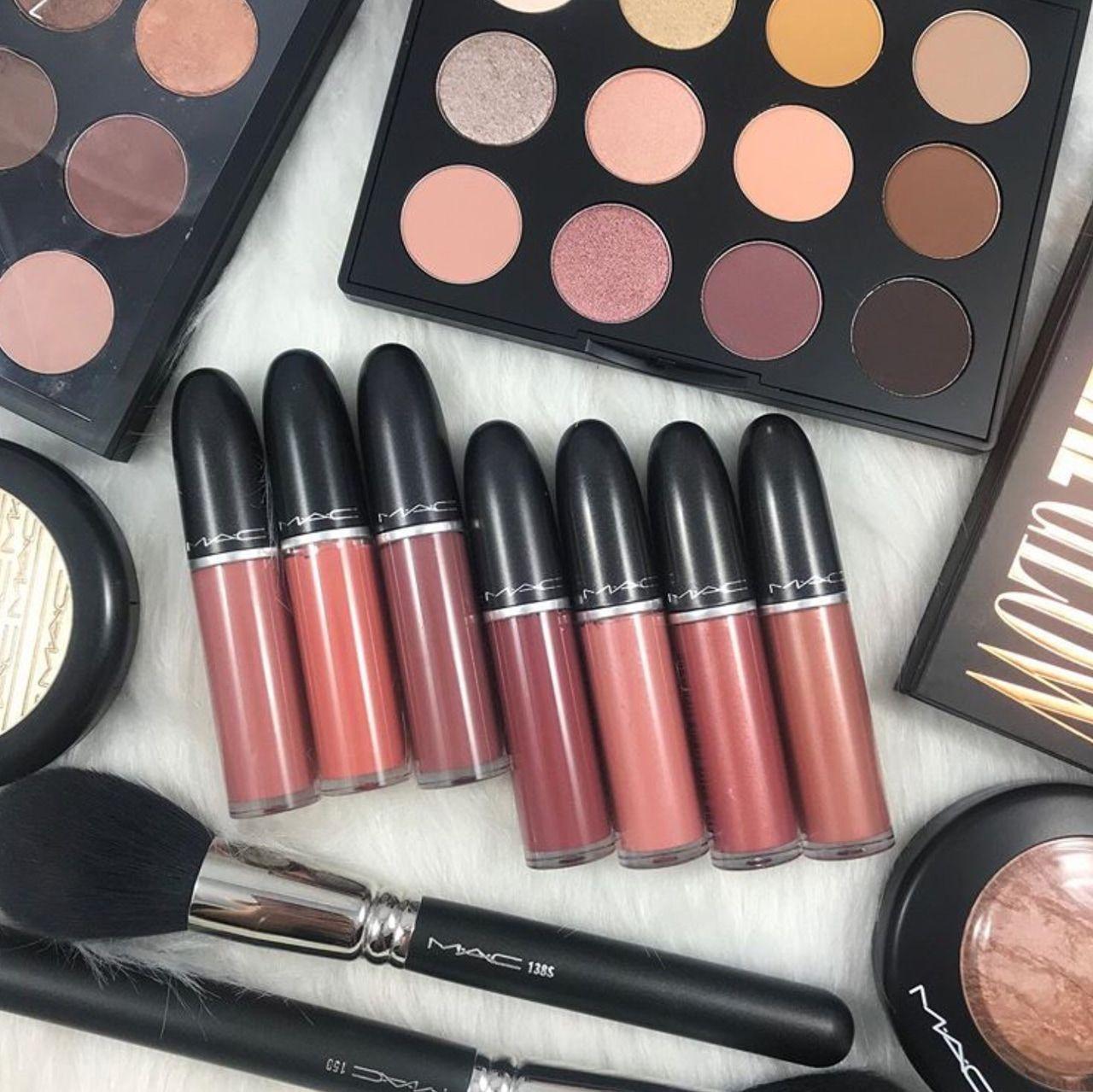 Pin by ᏚᎻᎾᏚᎻᎾ ᏚᎻᏆNᎬ on ᏴᎬᎪᏌᎢY Lipstick, Makeup, Mac makeup