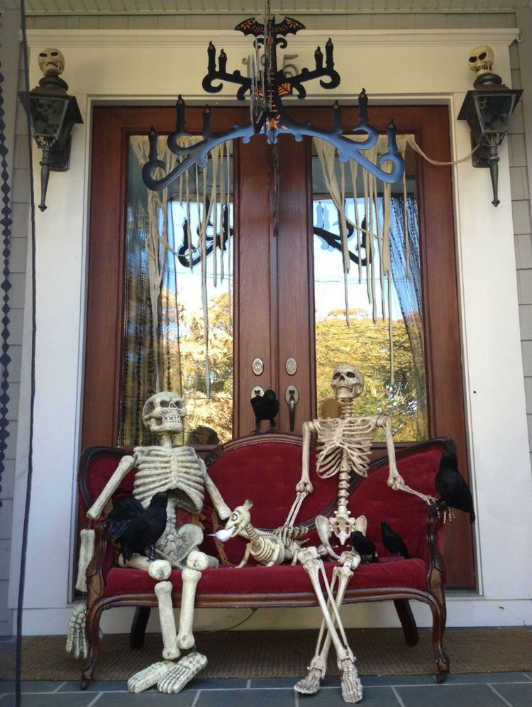 The Best 35 Front Door Decorations For This Halloween Halloween - decorating front door for halloween
