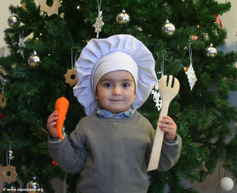come fare un cappello da cuoco per bambini. Cerca questo Pin e molto altro  su Carnevale ... 110fdbaab2e6