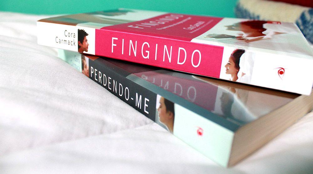Resenha Fingindo Cora Carmack Livros De Romance Fingindo Livros De Romance Romance