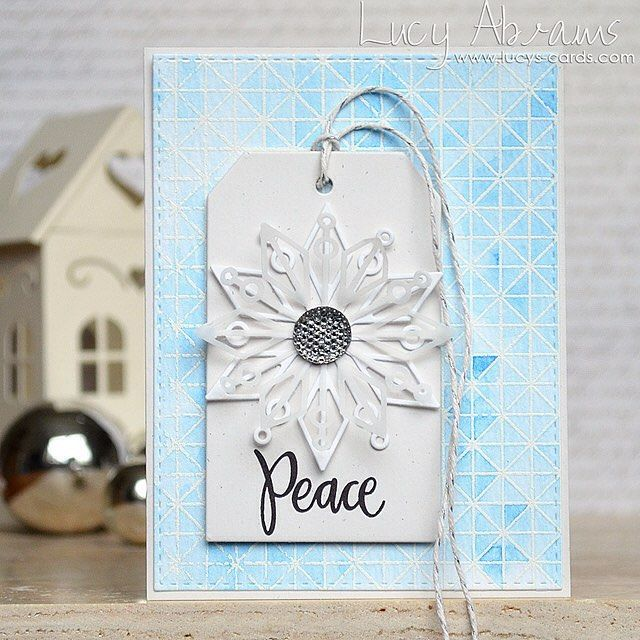 A peaceful snowflake on my blog today. Lots of beautiful @simonsaysstamp products... Wishing I was at #simonsayscreate today!!