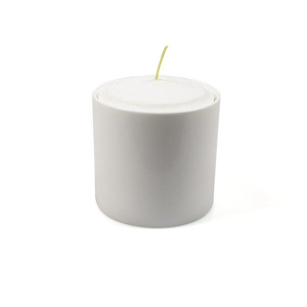 Kerze im Porzellangefäß aus Bio-Stearin 2 Größen kaufen  - Jetzt im #KONTOR1710