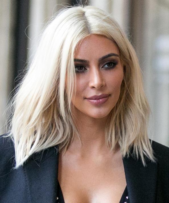 Pin By Ani Leonard On Hair Platinum Blonde Hair White Blonde Hair Kim Kardashian Short Hair