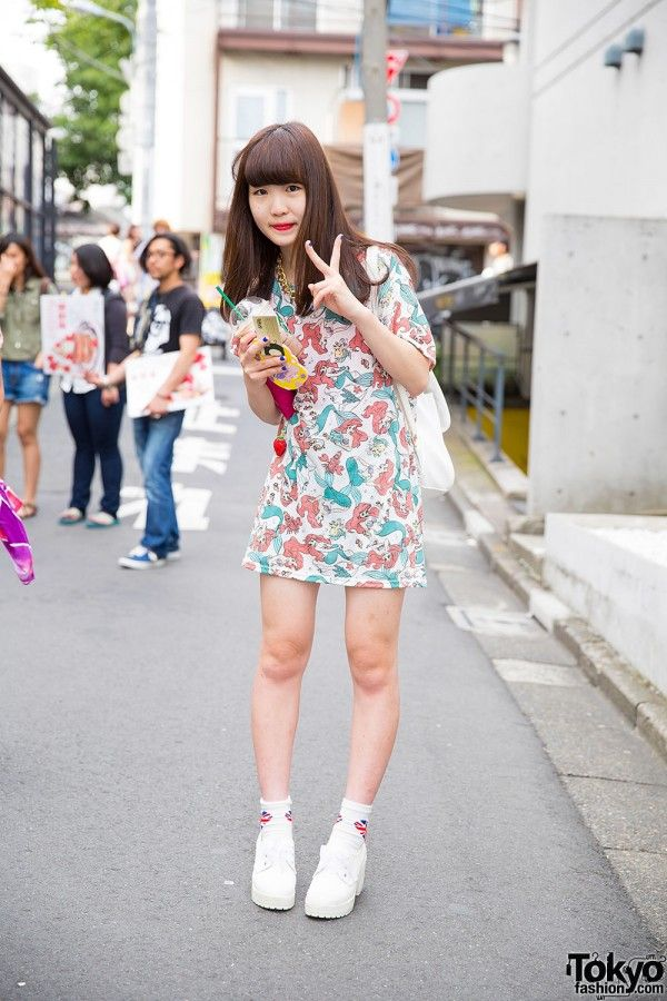 Harajuku Girl in Disney Ariel T-Shirt Dress, WEGO
