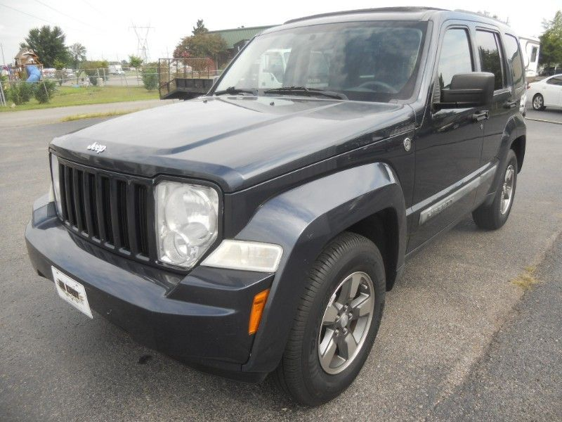H U M P D A Y . . 2008 Jeep Liberty Sport 4wd Call us or