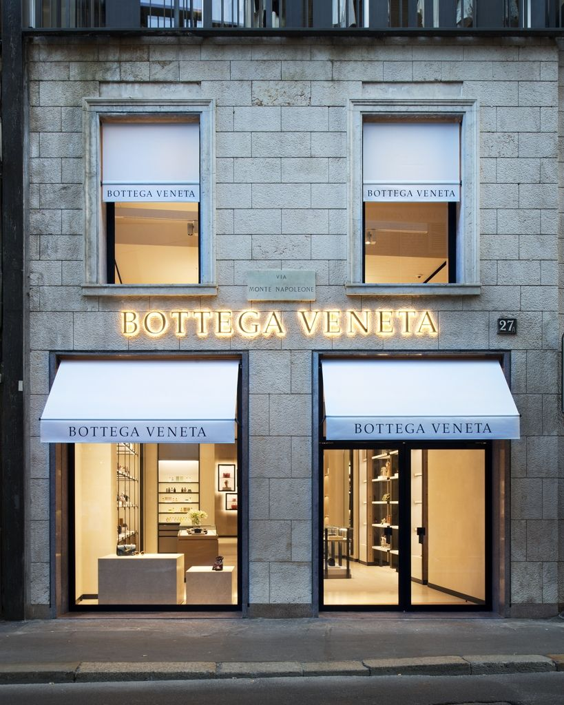 more photos bf01d 1ae98 Bottega Veneta new store in Milan at Via Montenapoleone ...