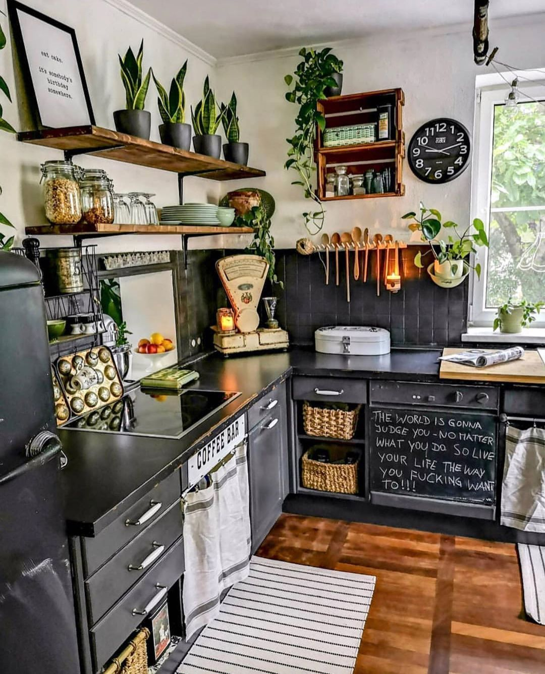 Budget Home Decor   Stretching Your Dollars   Kitchen room design ...