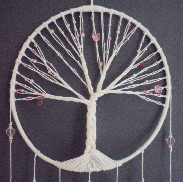 d corations murales attrape r ves rose arbre de vie est une cr ation orginale de prettyfairy. Black Bedroom Furniture Sets. Home Design Ideas
