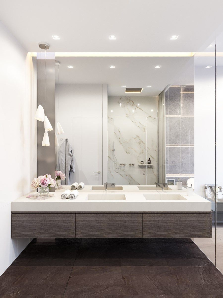 Big mirrors in bathrooms have become a
