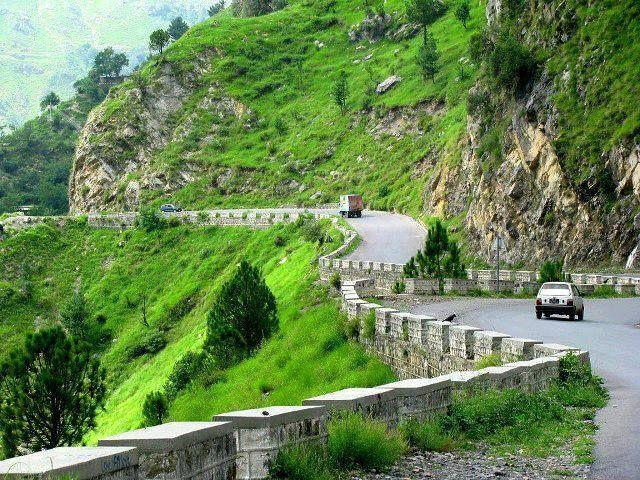 Road Between Abbottabad And Muree