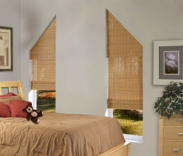 rideaux pour fen tres triangulaires moderne et int ressante couleur p che id es pour la maison. Black Bedroom Furniture Sets. Home Design Ideas