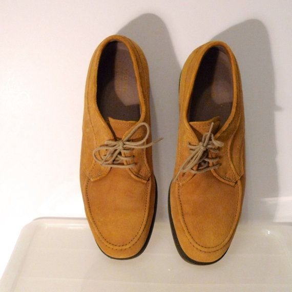Hush Puppies Shoes Size 85 Gold Suede Leather By Plattermatter 44 00 Hush Puppies Shoes Suede Leather Vintage Outfits