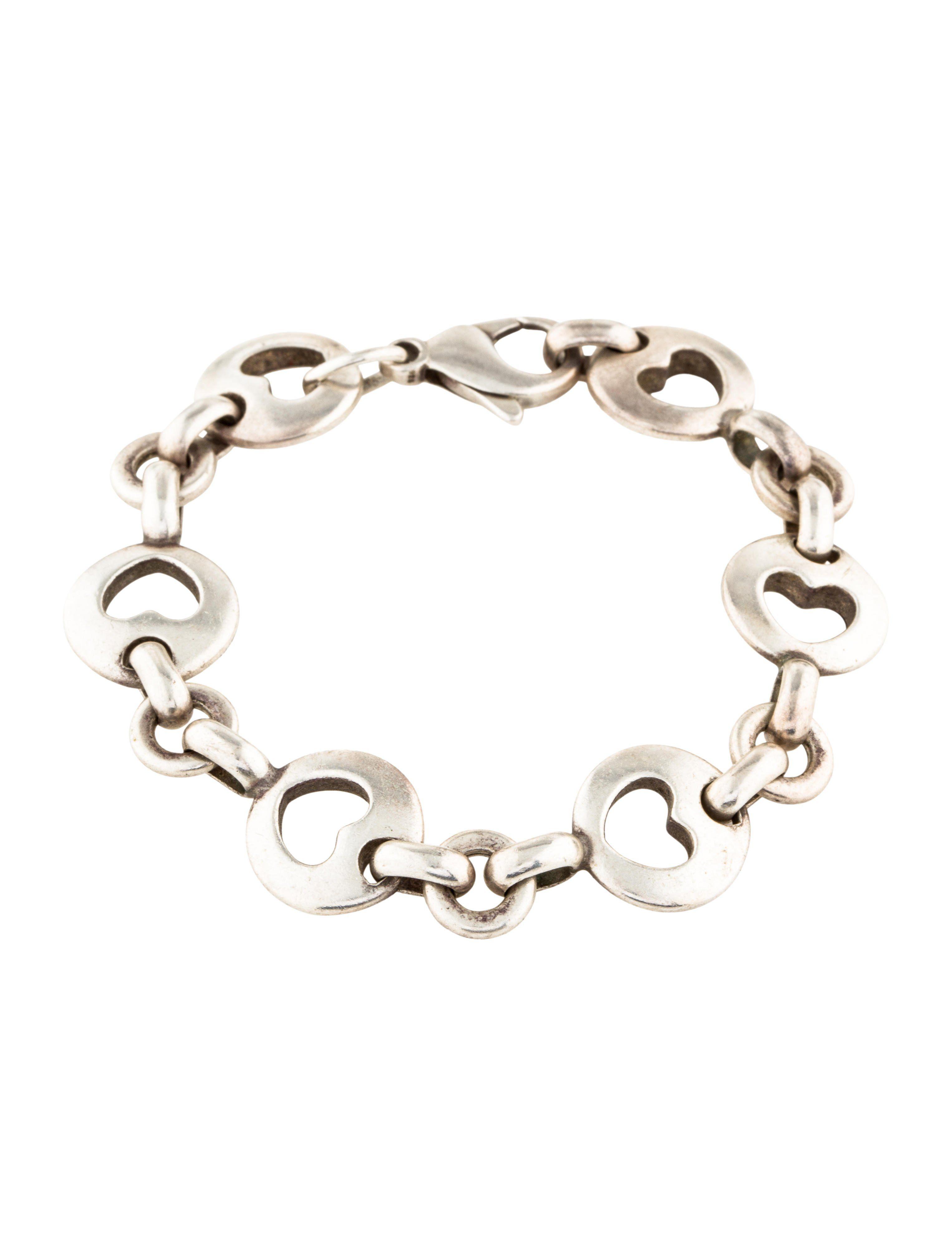 ecfcb4a77168c Stencil Heart Bracelet | fashion | Bracelets, Heart bracelet ...
