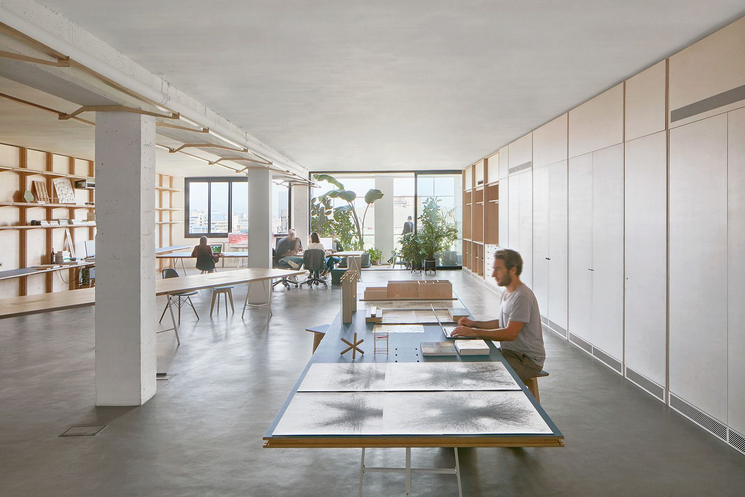 Co Working Office in Barcelona Spain by APPAREIL
