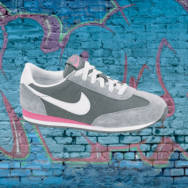 Nike ladies' Oceania sneakers