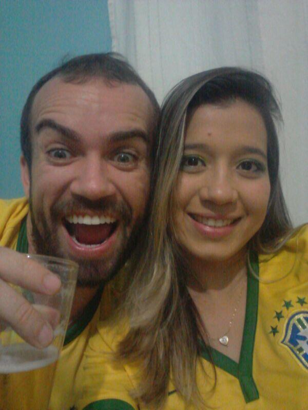 Rhudy Crysthian e Leydiane Alves fazem preparação especial para receber amigos e curtir a partida
