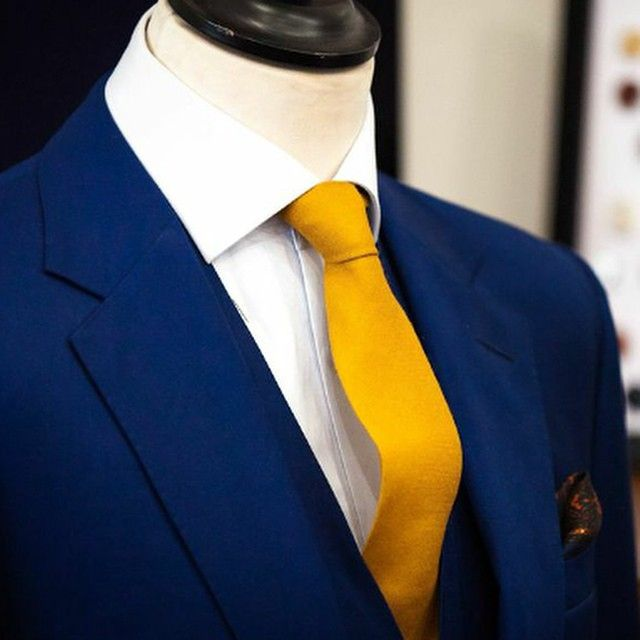 navy suit gold tie - Google Search | Weddings that I love ...