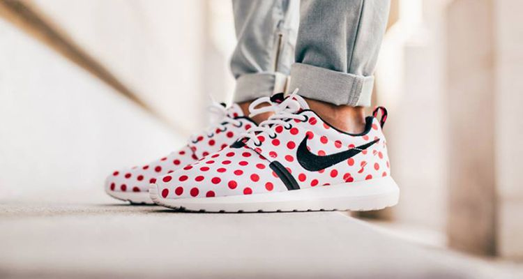 new product e9a57 db1e0 ... polka dots navy white size spain nike roshe nm qs nyc city pack 92e72  7853f ...