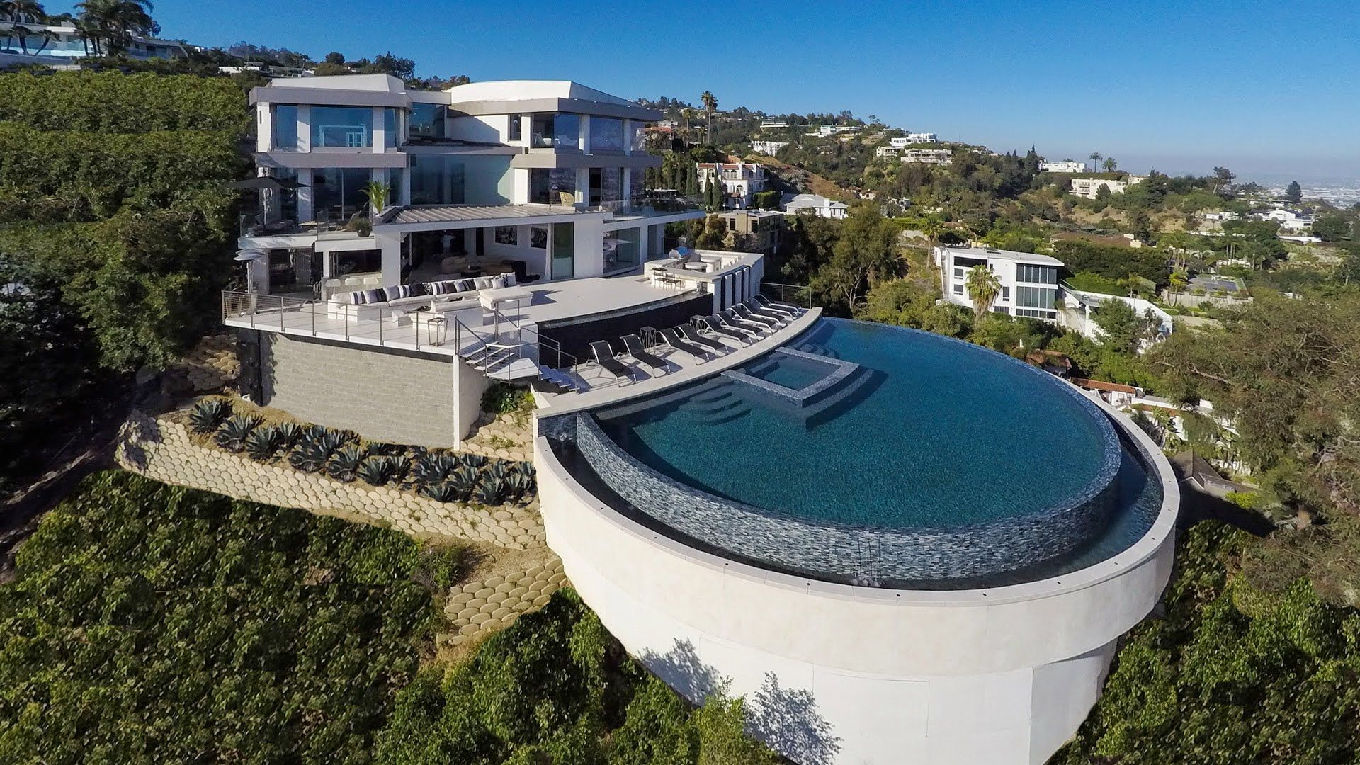 Futuristic Homes For Sale 5 Amazing Luxury Hilltop Houses That Will Blow Your Mind 1