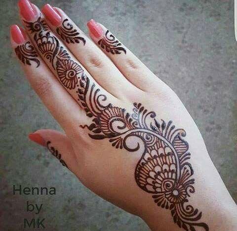 So pretty mehndi desing simple designs latest beautiful design also pin by shazia junaid on henna tatuagem de rena ideias rh br pinterest