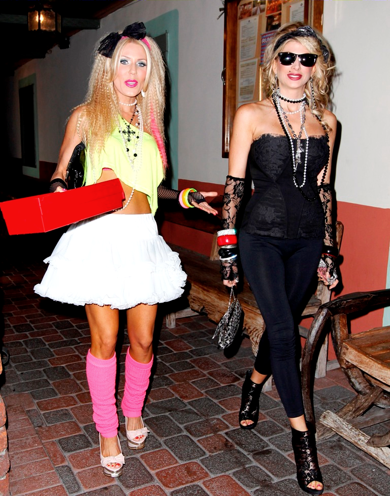 gretchen and alexis 80s outfits