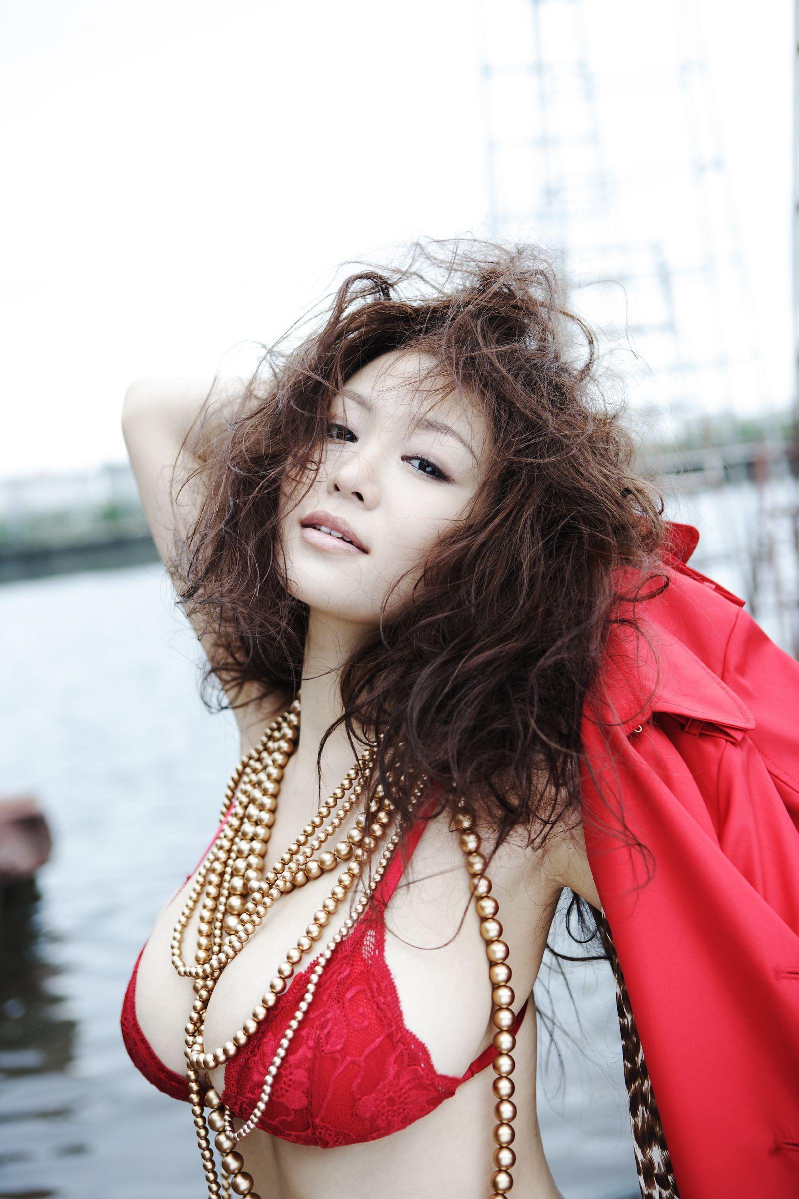 Yoko Matsugane (b. 1982)