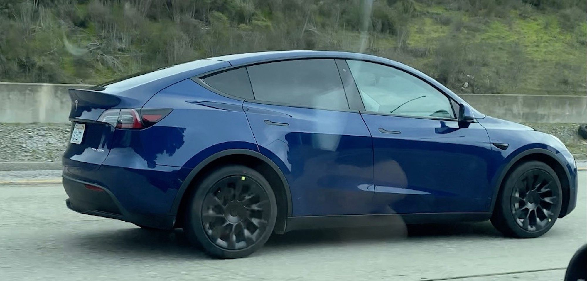 Tesla Model Y Prototype Spotted Along With New Wheels Electrek