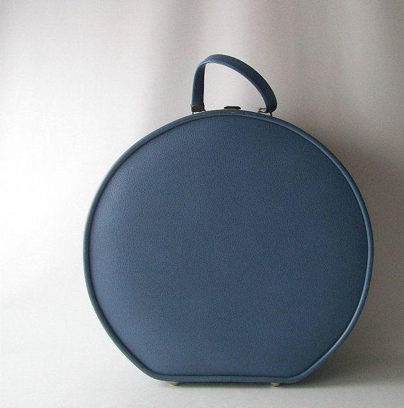 Vintage round blue airway luggage suitcase train case makeup ...