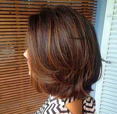 Long Layered Hair In 2020 Short Hair With Layers Layered Hair Short Layered Haircuts