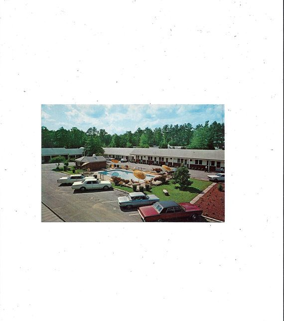 To USA, 1970s Postcard Of Carolynn Court Motel
