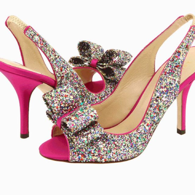 holy i want these shoes.