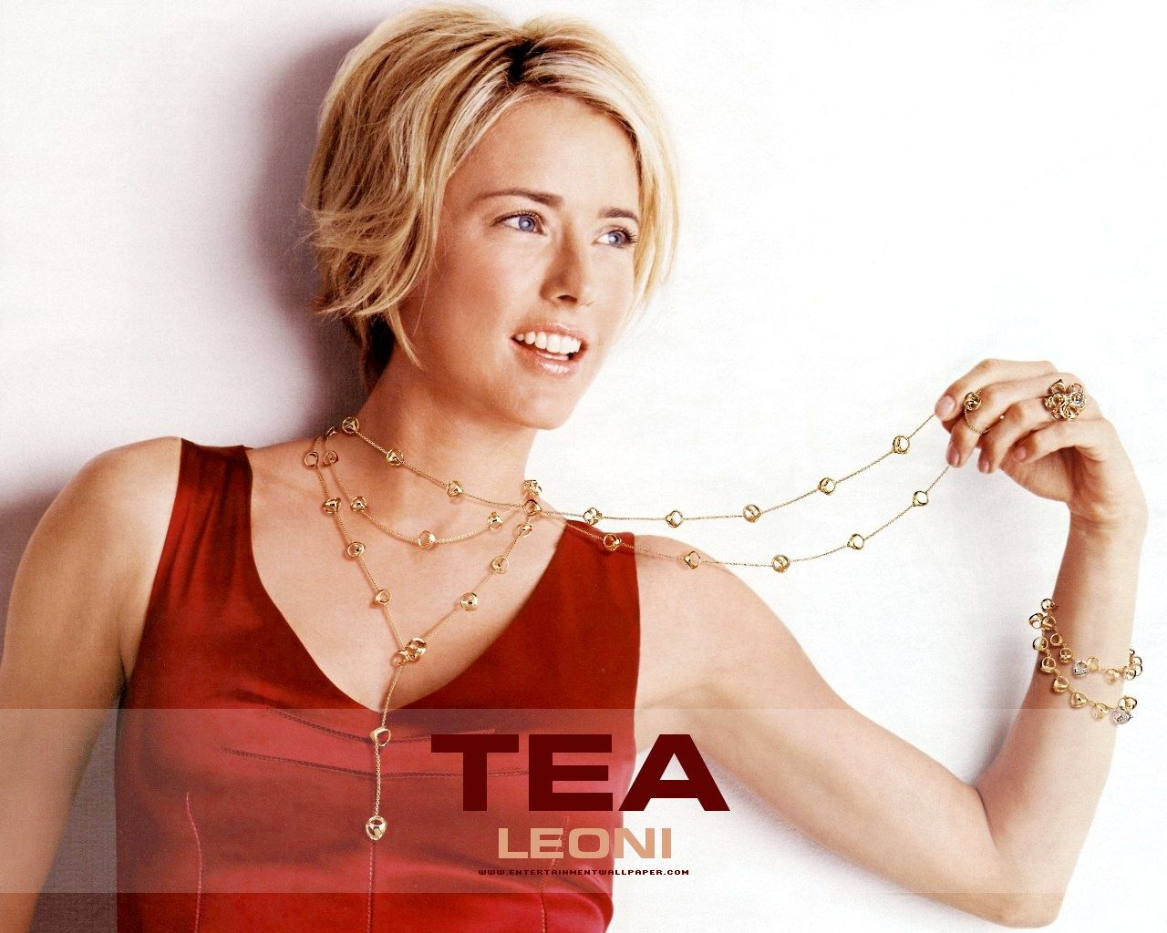 1000 Ideas About Tea Leoni On Pinterest Torrey Devitto Ellen Short Hair Styles Hair Styles Hair Tea