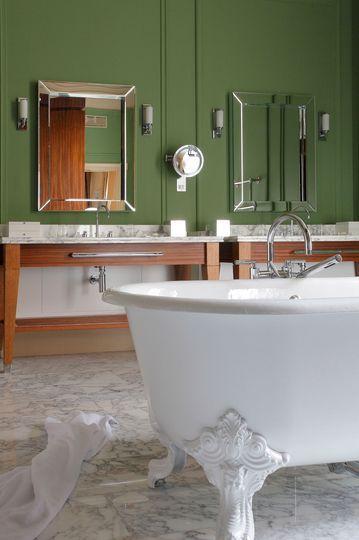 Couleur peinture maison : pourquoi on aime le vert | Salle de bains ...