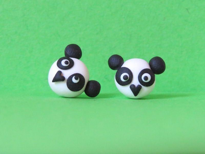 "Ohrstecker ""Panda"" von Katchen Designs auf DaWanda.com! Sieh mehr Designs auf https://www.facebook.com/katchendesigns!  <3<3<3 Cute handmade Panda ear studs made from FIMO/ Polymer Clay! Check out more cute handmade jewelry at: https://www.facebook.com/katchendesigns!"