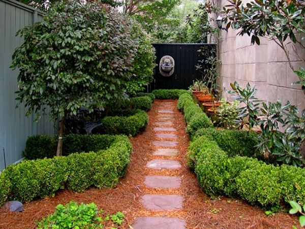 Landscaping for small backyards photos 25 spectacular for Small simple garden design ideas