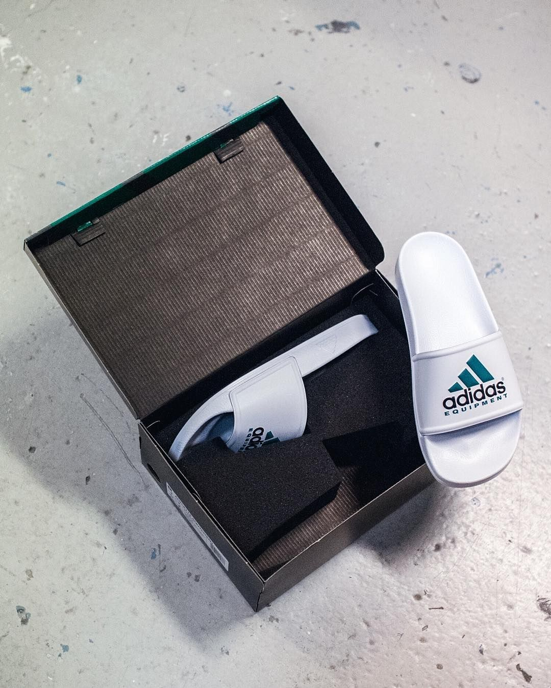 f546a75a40c This adidas EQT Adilette comes in a special looking box. Soon available at  SNS .  sneakersnstuff  adidas  adilette by sneakersnstuff