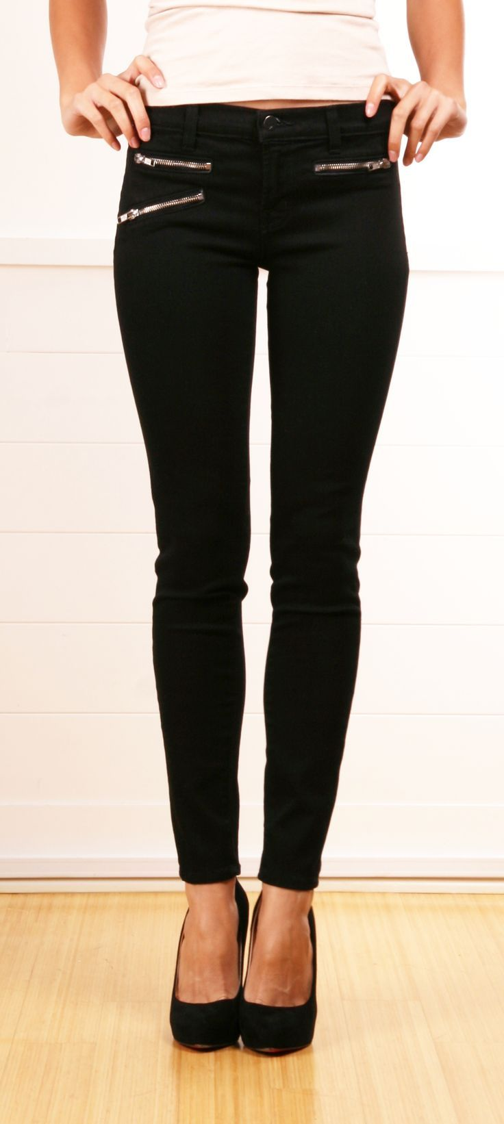 Black Skinny Pants With Zipper Detailing
