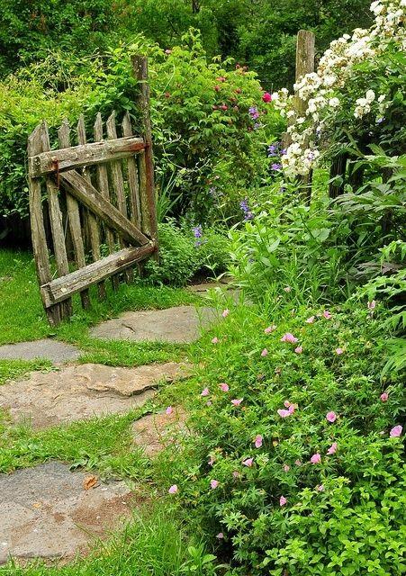 Une barrière de bois - Le cottage de Gwladys | Outdoor ...