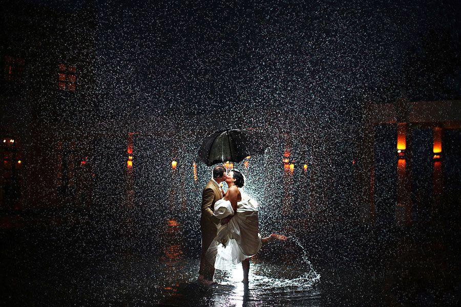 雨中俏皮之吻
