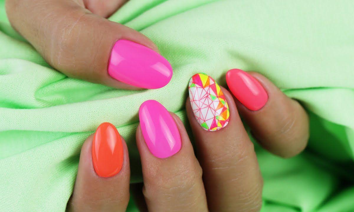 Crystal Nails körömnyomda használata, neon Art Gel díszítéssel ...