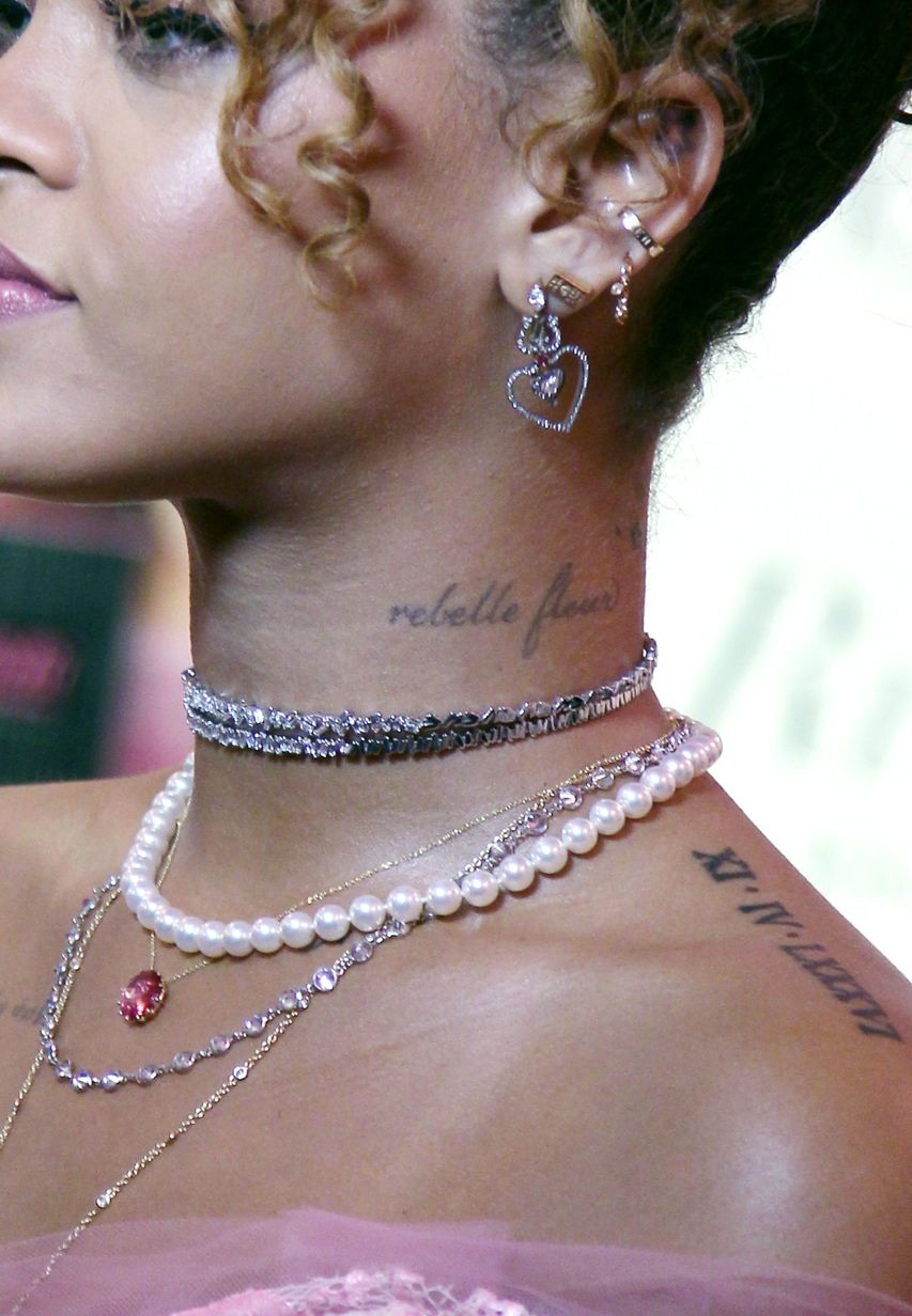 Swelling under nose piercing  Rihanna at her ucRiRi by Rihannaud fragrance launch at Macys in