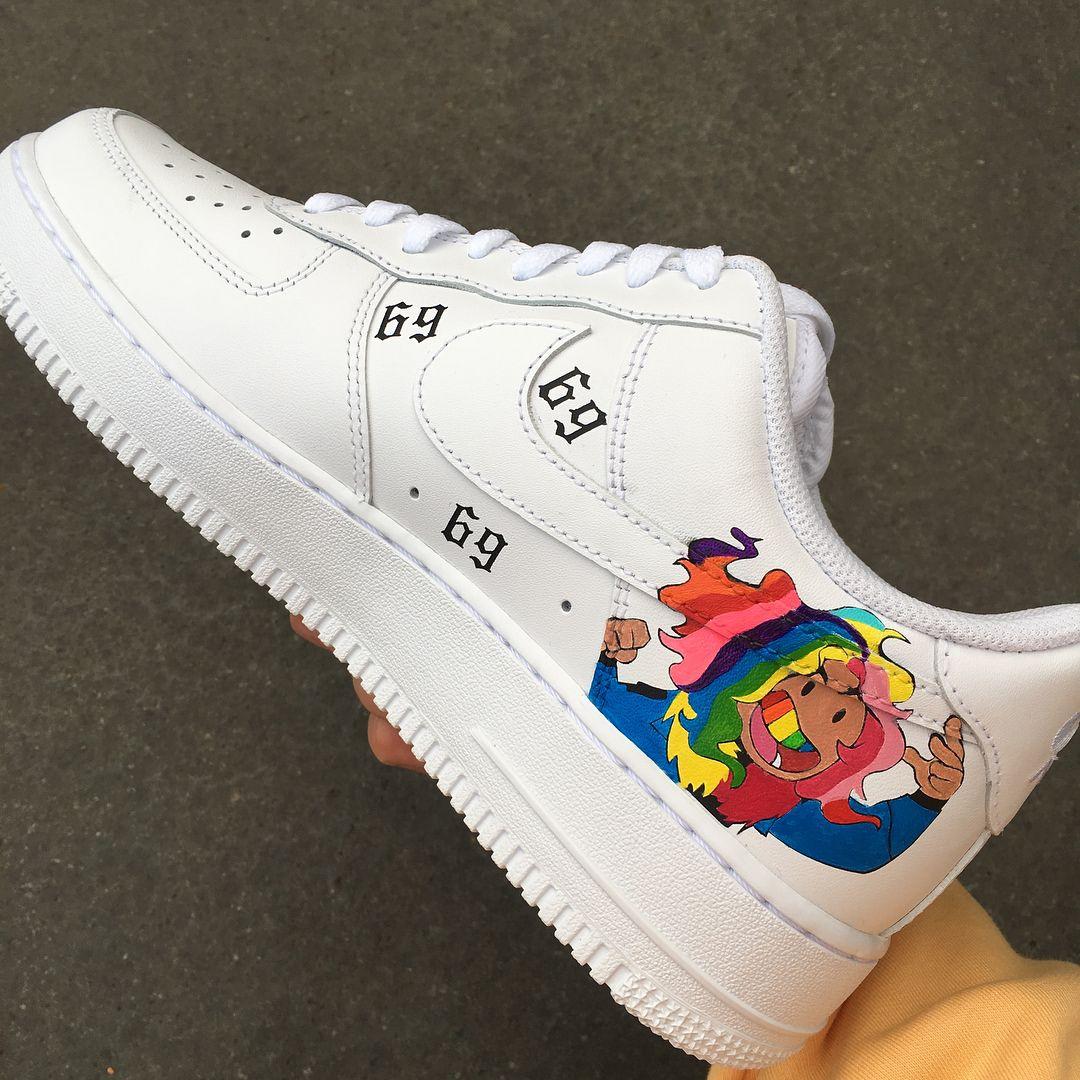 Autocomplacencia estoy feliz Tristemente  Pin on Custom Sneakers, Shoes, Air Force Ones, Nike, Vans