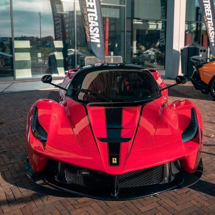 Auracar On Instagram Probably The Best Spec Ever Twinphotographys Auracar F12trs Ferrarif12trs F12 F12tdf Super Cars Ferrari Ferrari Laferrari