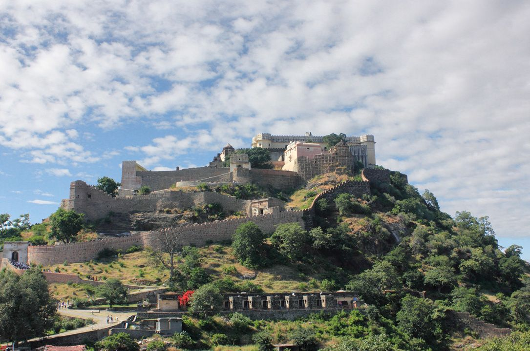 Kumbhalgarh fort is considered as the world's 2nd chief barrier fortification. Kumbhalgarh Fort is the second most important fort of Rajasthan after Chittorgarh. Located at a distance of 64 kms from Udaipur in Rajasmand district. Kumbhalgarh is a Mewar fortress in the Rajsamand District of Rajasthan state in western India. Built during the course of the 15th century by Rana Kumbha,and enlarged through the 19th century, Kumbhalgarh is also the birthplace of Maharana Pratap, the great king…